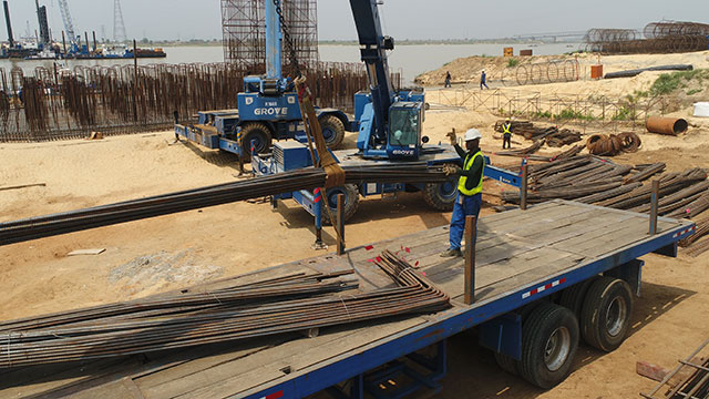 East Approach - offloading reinforcement for Pile Cap Axis 280