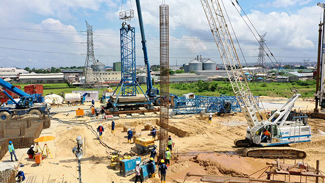 Eastern Approach casting station –  pile installation by piling Subcontractor (Trevi)