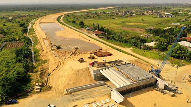 Amakom Bridge – Placing of precast beams and slab and dredging of sand into embankment CH 23+000 to 24+800 commencement