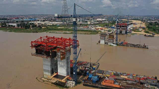 Niger Bridge – Works on VBC 3 and 4 for free balanced cantilever bridge on-going